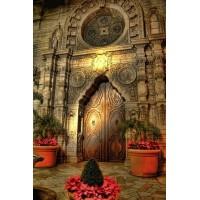 Изысканные и таинственные двери